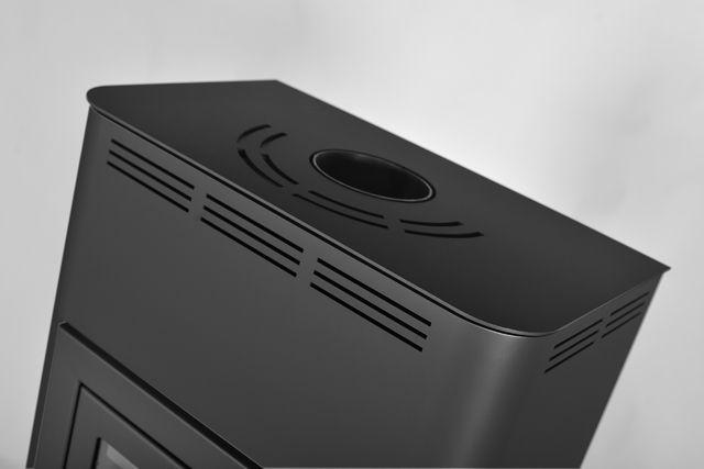 Krbová kamna AQUAFLAM ® 7 s výměníkem - černá, automatická regulace
